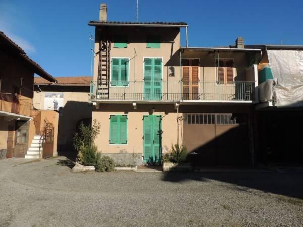 Casa Indipendente in buone condizioni in vendita Rif. 4408380