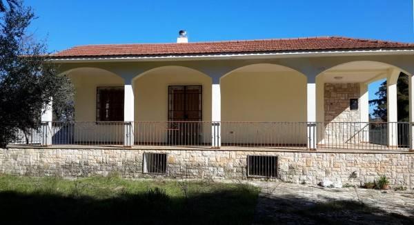 Villa in buone condizioni in vendita Rif. 6807810