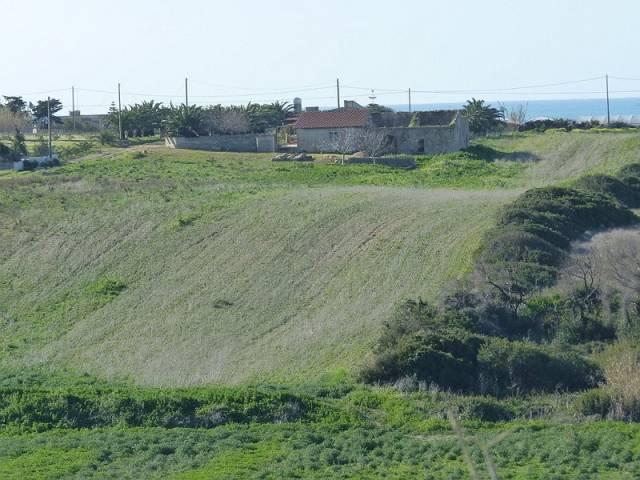 Lotti terreno e fabbricati a Pachino, vista mare