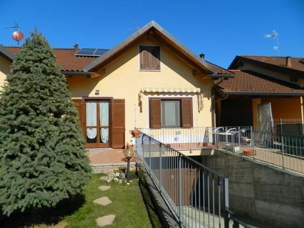 Foto 1 di Villa via Bertetti 7, Buttigliera D'asti