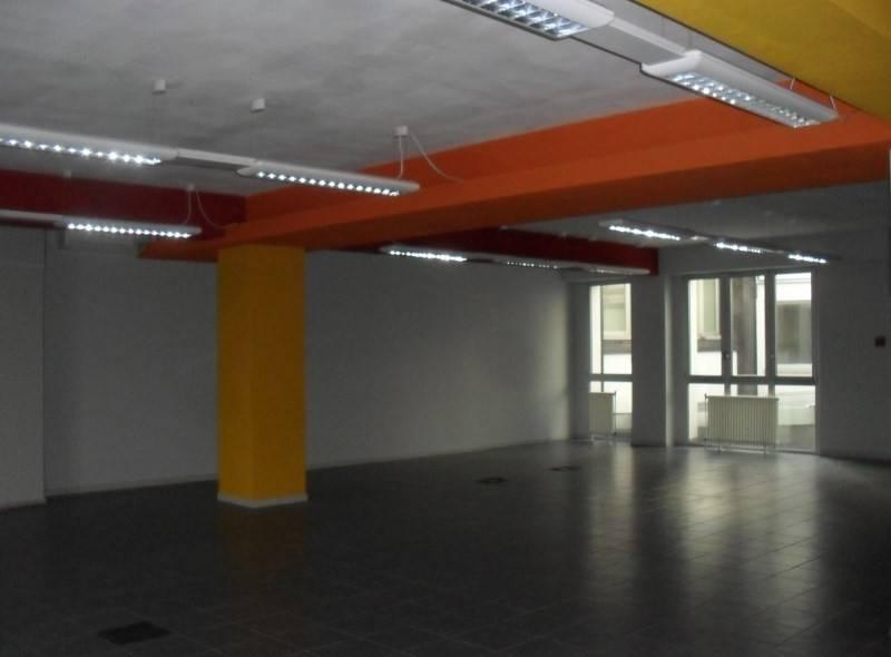Ufficio / Studio in vendita a Casalecchio di Reno, 6 locali, Trattative riservate | CambioCasa.it