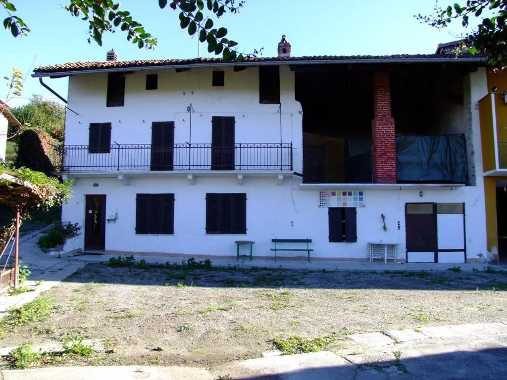 Rustico / Casale in vendita a Piverone, 4 locali, prezzo € 115.000 | PortaleAgenzieImmobiliari.it