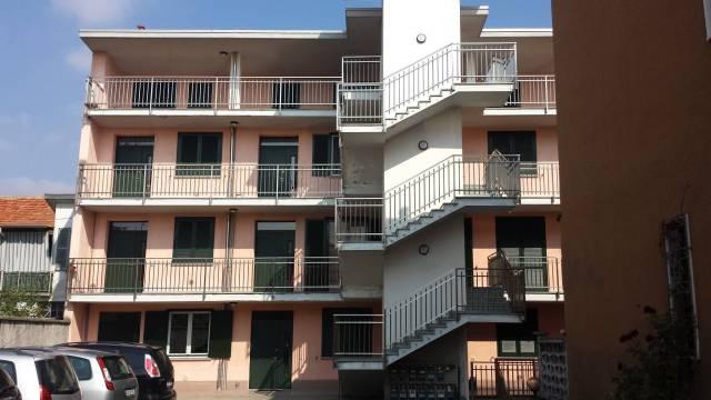 Appartamento in ottime condizioni arredato in affitto Rif. 4879972