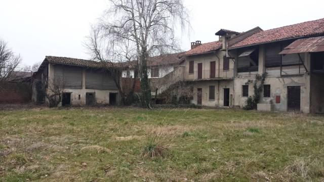 Rustico / Casale da ristrutturare in vendita Rif. 4977212