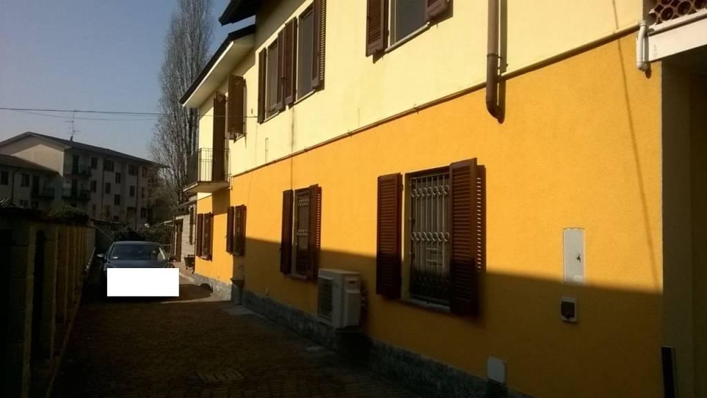 Soluzione Indipendente in vendita a Lacchiarella, 5 locali, prezzo € 395.000 | PortaleAgenzieImmobiliari.it