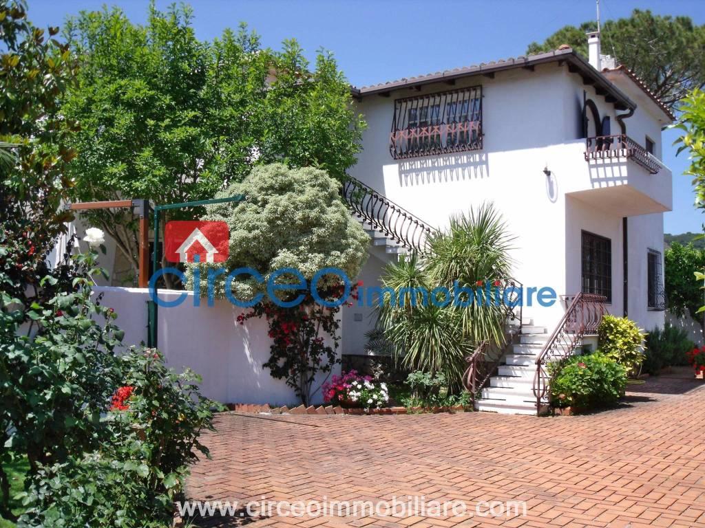 Affitto - Rif. LOC58 - Appartamento in villa