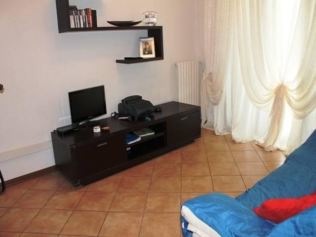 Appartamento in ottime condizioni in vendita Rif. 4252144