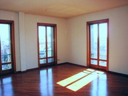 Appartamento in Vendita a Milano 01 Centro storico (Cerchia dei Navigli): 5 locali, 194 mq