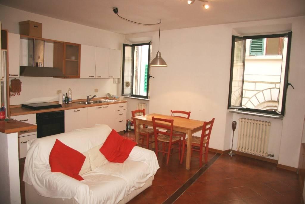 Appartamento in Affitto a Arezzo Centro: 2 locali, 50 mq