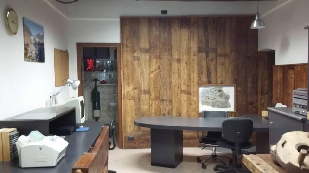 Ufficio / Studio in vendita a Morbegno, 3 locali, prezzo € 87.000 | PortaleAgenzieImmobiliari.it