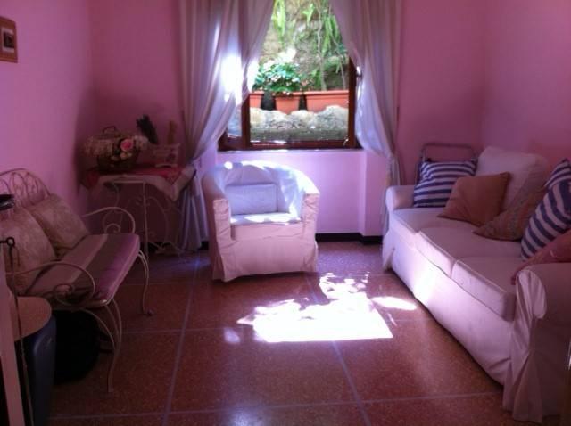 Appartamento in buone condizioni arredato in vendita Rif. 9317943