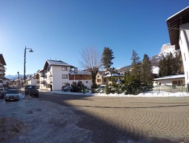 Spazio commerciale 105 mq Cortina d'Ampezzo. Rif. 4266685