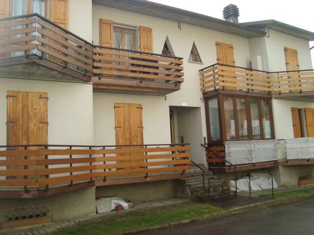 Appartamento in ottime condizioni arredato in vendita Rif. 4910448