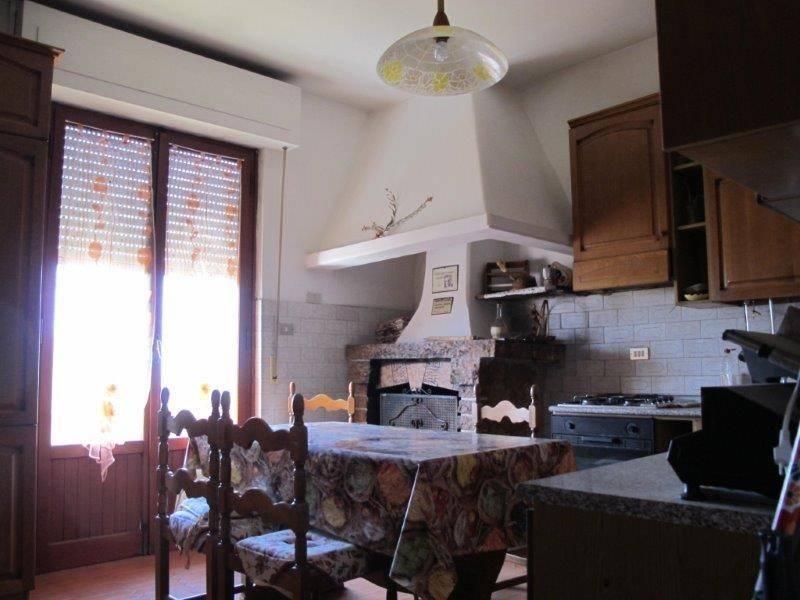 Appartamento in Affitto a Pistoia Periferia Est: 5 locali, 120 mq