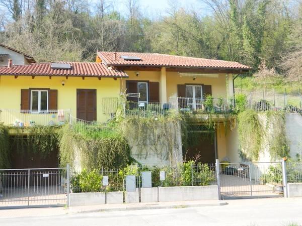 Villa in Vendita a Castelnuovo Don Bosco Periferia: 3 locali, 138 mq