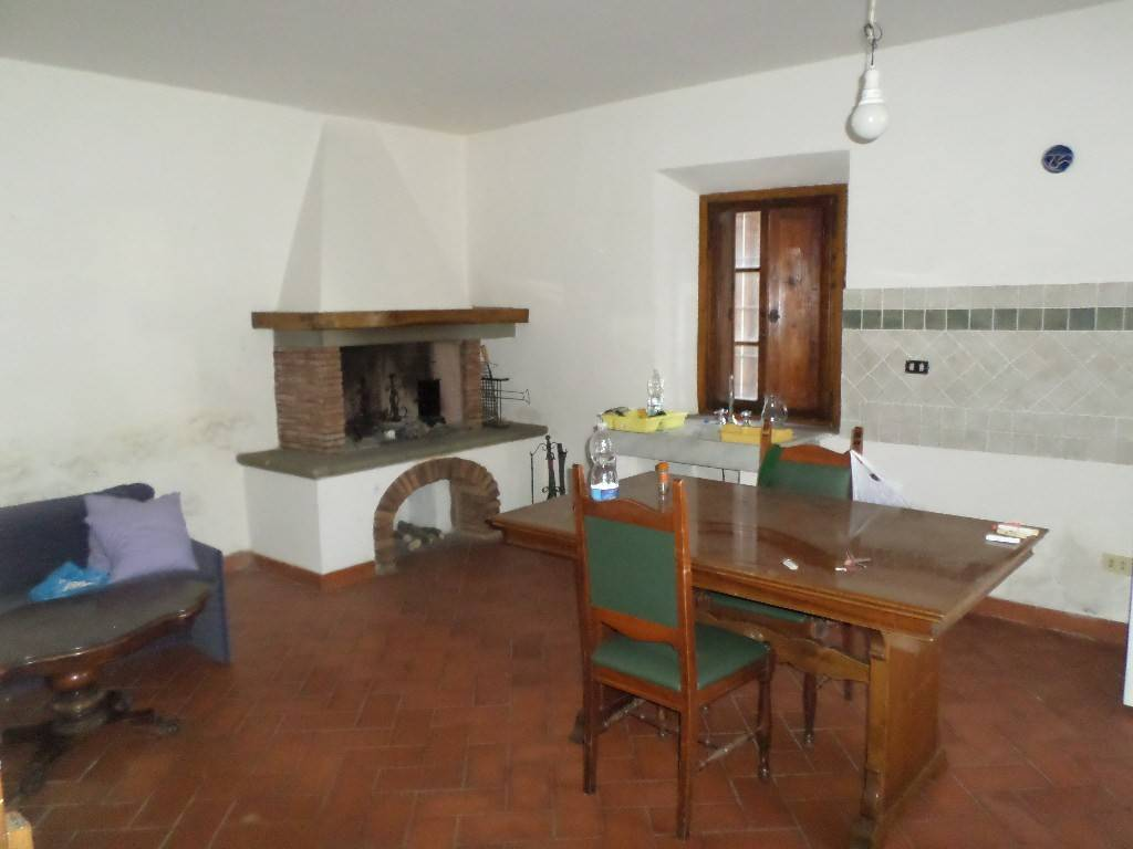 Casa Indipendente in buone condizioni in vendita Rif. 8244528