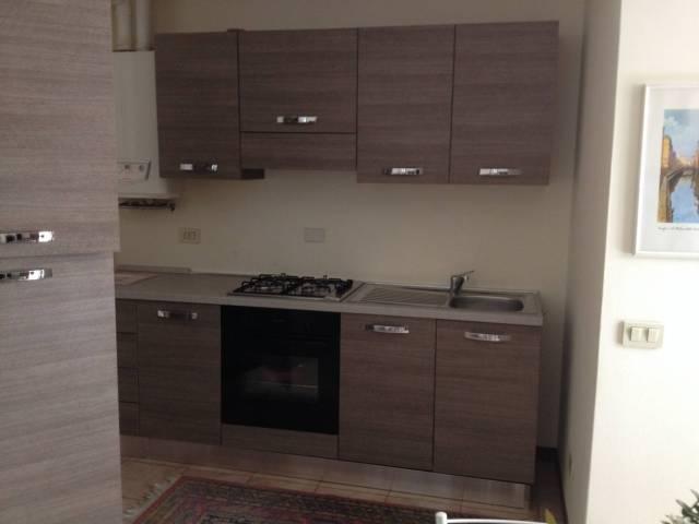 Appartamento in ottime condizioni arredato in affitto Rif. 4401234