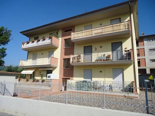 Appartamento in Vendita a Magione: 4 locali, 80 mq
