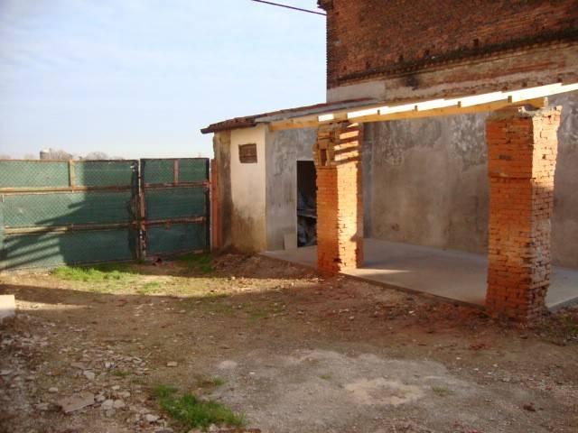 Rustico / Casale in vendita a Cerea, 2 locali, prezzo € 39.000 | CambioCasa.it