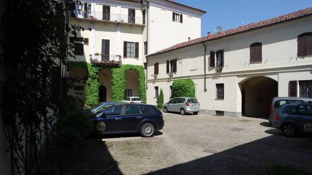 Appartamento in vendita a Vercelli, 3 locali, prezzo € 170.000 | CambioCasa.it