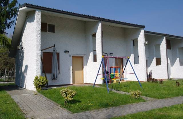 Villetta a schiera in buone condizioni in vendita Rif. 4924449