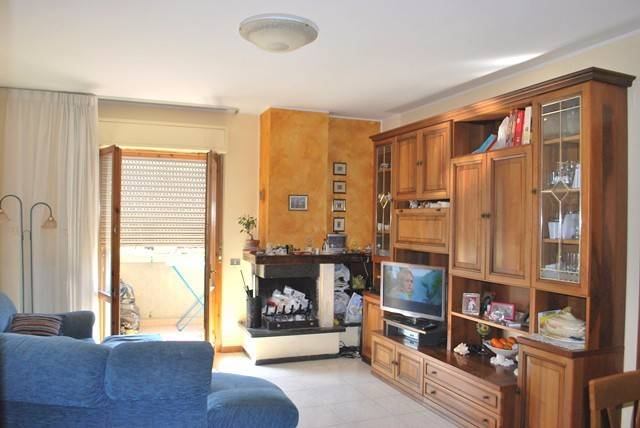 Appartamento in Vendita a Magione: 4 locali, 100 mq