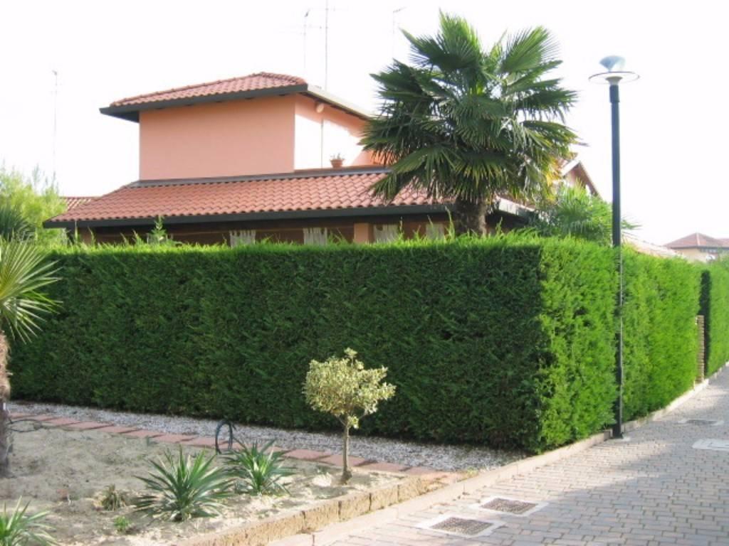 Casa Indipendente in ottime condizioni arredato in vendita Rif. 4411650