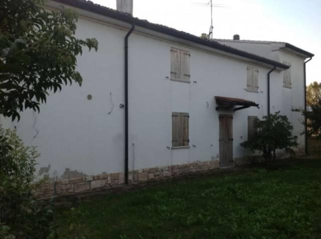Soluzione Indipendente in vendita a Castellucchio, 6 locali, prezzo € 150.000   CambioCasa.it