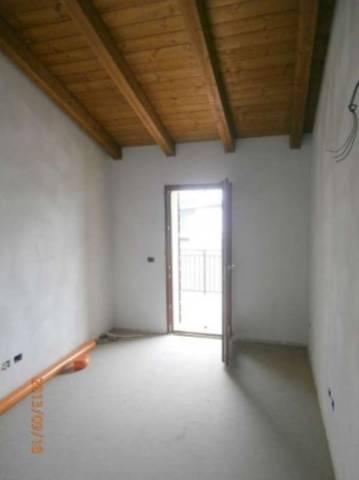Villa in vendita a Curtatone, 5 locali, prezzo € 290.000 | CambioCasa.it