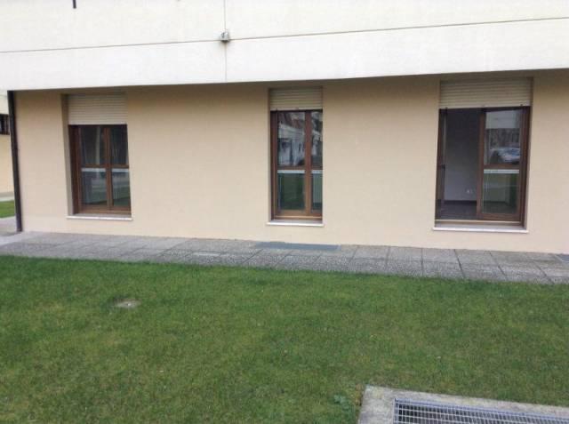 Ufficio / Studio in affitto a Bassano del Grappa, 6 locali, prezzo € 900   CambioCasa.it