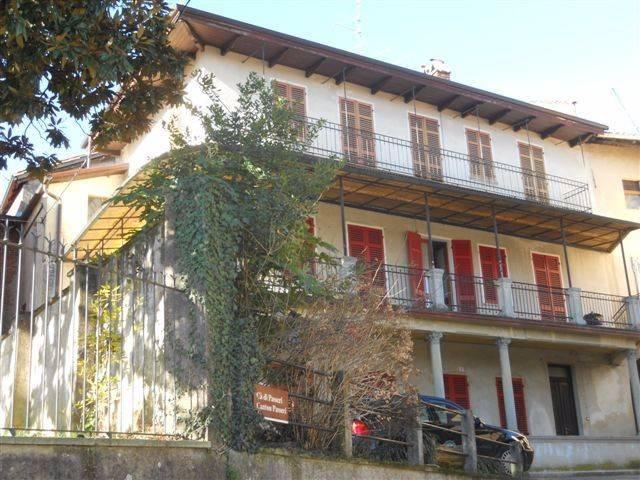 Casa Indipendente in buone condizioni in vendita Rif. 4183517