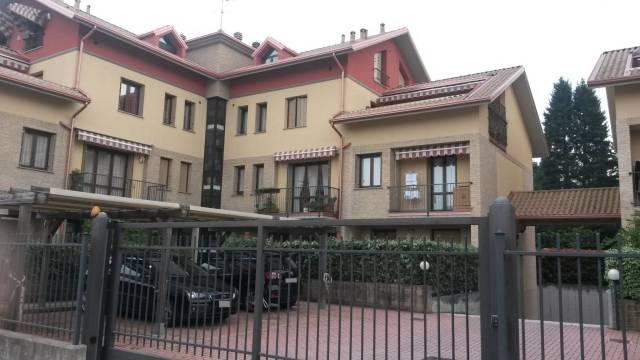 Appartamento in vendita a Samarate, 2 locali, prezzo € 115.000 | CambioCasa.it