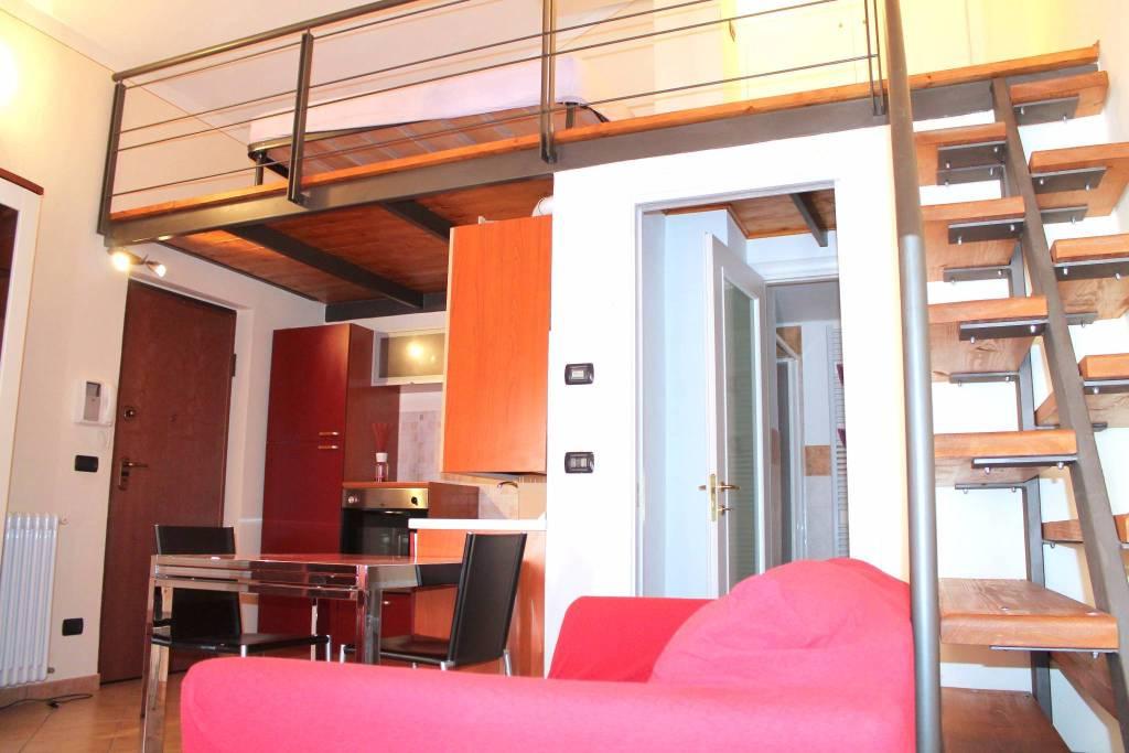 Appartamento in ottime condizioni arredato in affitto Rif. 8035947