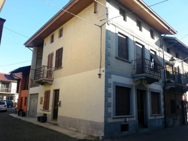 Casa semi-indipendente in centro paese