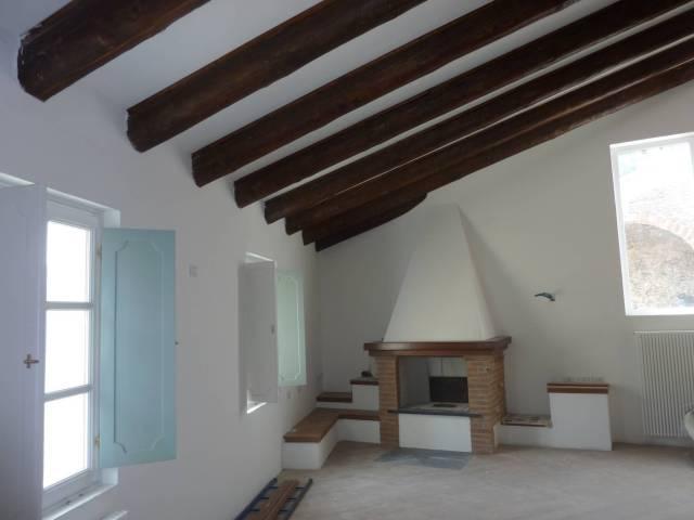 Villa in Vendita a Savona Centro: 2 locali, 230 mq