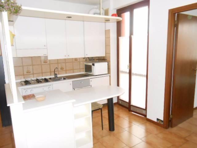 Appartamento in affitto a Scanzorosciate, 2 locali, prezzo € 450 | PortaleAgenzieImmobiliari.it