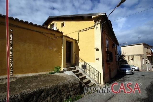Villa in ottime condizioni arredato in vendita Rif. 4233581