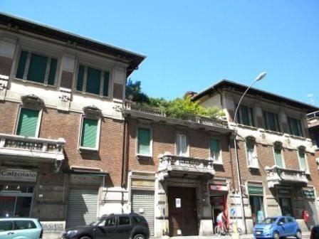 Appartamento in vendita a Busto Arsizio, 4 locali, prezzo € 380.000 | CambioCasa.it