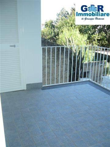 Appartamento in ottime condizioni in affitto Rif. 8973818