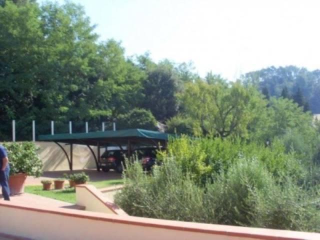 Villa in ottime condizioni parzialmente arredato in vendita Rif. 4329393