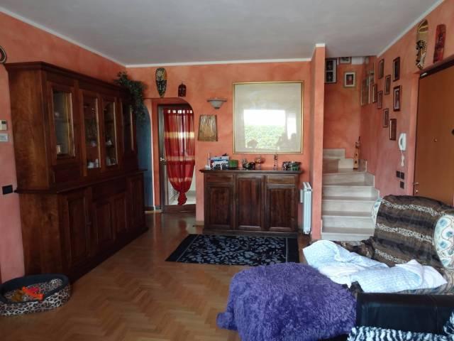 Casa Indipendente in ottime condizioni in vendita Rif. 4585716
