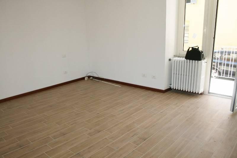 Appartamento in buone condizioni in affitto Rif. 4186488