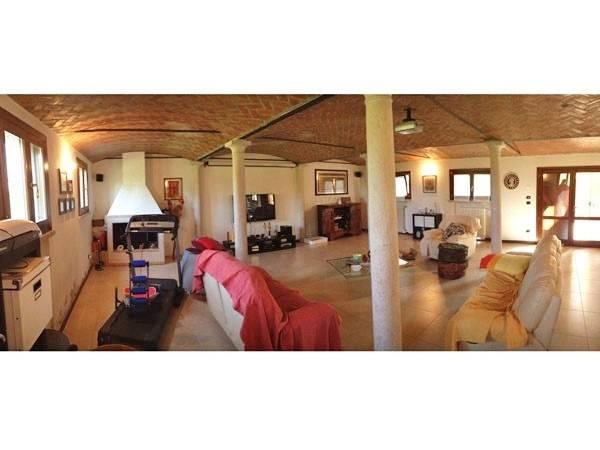 Rustico / Casale in vendita a San Giorgio di Mantova, 6 locali, prezzo € 590.000   CambioCasa.it