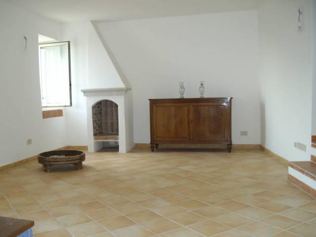 Appartamento in ottime condizioni in vendita Rif. 4292606