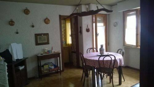 Appartamento in vendita a Viola, 2 locali, prezzo € 21.000 | CambioCasa.it