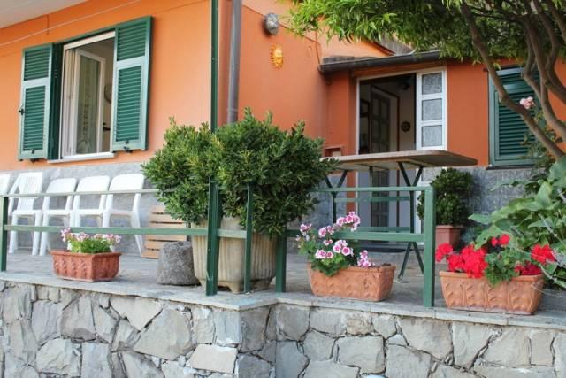 Appartamento in buone condizioni arredato in affitto Rif. 4323030