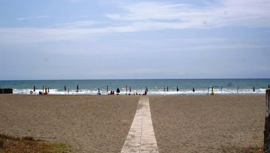 San Felice 4 locali vicino mare con terrazzo e giardino.
