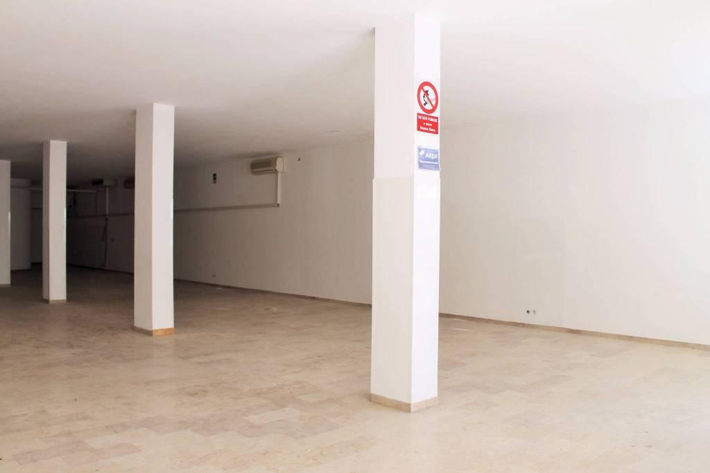 Negozio / Locale in affitto a Motta di Livenza, 1 locali, prezzo € 2.200 | CambioCasa.it
