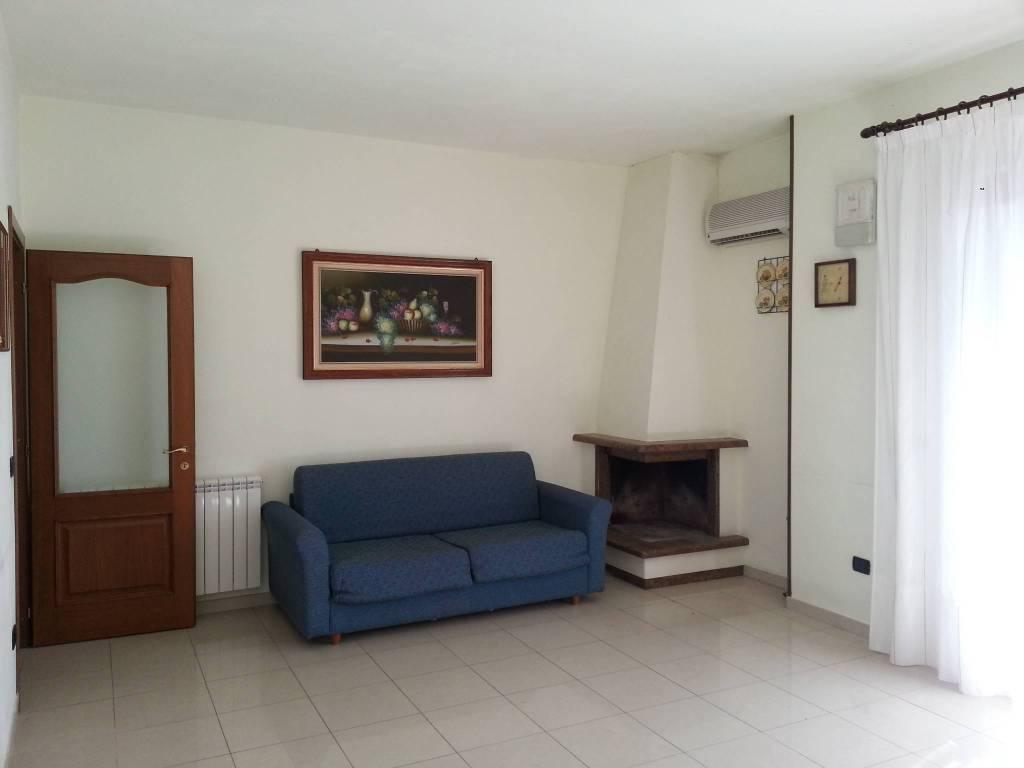 Appartamento in vendita a Bianco, 4 locali, prezzo € 140.000 | CambioCasa.it