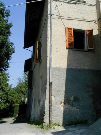Casa Indipendente da ristrutturare parzialmente arredato in vendita Rif. 4854361